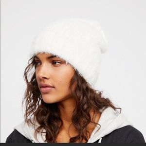 Free People Head in the Clouds  Beanie